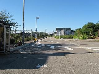 自転車の 高松 自転車置き場 : 宇野気方の風景。